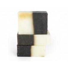 Натуральное мыло-шампунь  ДЕГТЯРНОЕ  для жирных волос, лекарство от грибковых заболеваний, в том числе и против перхоти  100g СпивакЪ